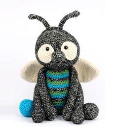 Crochet Animals, Crochet Toys, Knit Crochet, Diy Haken, Baby F, Crochet Butterfly, Sewing Toys, Amigurumi Toys, Diy Clothes