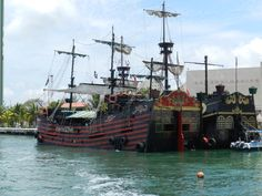 Pirate Ships... my grandsons would love them.