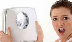 10 motivi per cui non perdi peso : quali sono ? Se ti stai disperando per raggiungere i tuoi obbiettivi di dimagrimento sappi che non c'entrano le calorie ! Lo spiega Nutrizionista Dott. Teresa Boyce. Te lo sei sentito dire tante volte: perdere peso è semplice, mangia di meno ed allenati di più! Bè…non è proprio così.