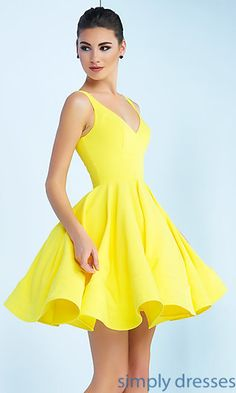 Shop for homecoming dresses and short semi-formal party dresses at Simply Dresses. Semi-formal homecoming dresses, short party dresses, hoco dresses, and dresses for homecoming events. Yellow Homecoming Dresses, Hoco Dresses, Dresses For Teens, Summer Dresses, Formal Dresses, Formal Prom, Yellow Short Dresses, Yellow Dress Wedding, Yellow Formal Dress