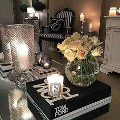 coffee table styling Coffee Table Styling, Table Decorations, Living Room, Interior Design, Instagram Posts, House, Furniture, Chic, Home Decor