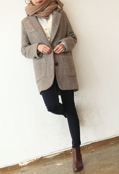 Tweed jacket, camel scarf