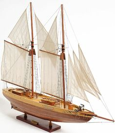 "Schooner Bluenose II Wooden SHIP Model 38"" Sailboat Built Boat | eBay"