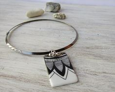 Hand made necklace with metal collar and by LaTavolozzaShop