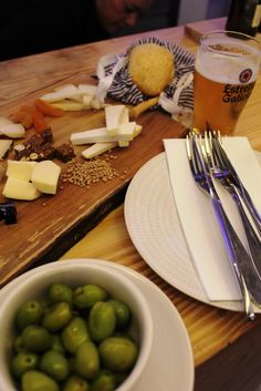 Cheese plate, 'el blanco enea' Snapshots from Cordoba | Andalucia Diary