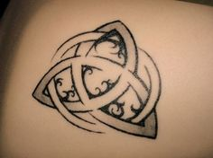 A Symbolic Guide to Pagan and Wiccan Tattoos: Triquetra