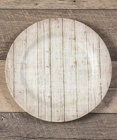 Our Barn Wood Charger Plate, Set of 4 has a simple style and neutral color that will fit in nicely with most any farmhouse decor. Visit Antique Farmhouse today for more charger plates and table decor. Kitchen Dinning Room, Farmhouse Kitchen Decor, Farmhouse Style, Farmhouse Charger Plates, Wood Plate Chargers, Whitewash Wood, White Barn, Antique Farmhouse, Wood Picture Frames