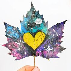 Flower Pot Crafts, Leaf Crafts, Fall Crafts, Flower Pots, Galaxy Painting, Galaxy Art, Diy Galaxy, Painted Leaves, Painted Rocks
