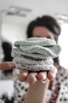 Diy Beauty, Beauty Hacks, Makeup Remover Pads, Make Up Remover, Diy Clothing, Zero Waste, Refashion, Body Care, Diy And Crafts