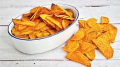 Egészséges chips édesburgonyából - Mom With Five Vegan Recipes, Snack Recipes, Snacks, Sweet Potato, Paleo, Potatoes, Chips, Yummy Food, Meals