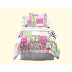 John Deere Bedding Girls Quilt and Sham Set, Twin Size :           Bring the comfort of John Deere country intro your child's bedroom. These quality quilt sets are fun for boys and girls. Twin quilt sets include one quilt and one pillow sham; Full/Queen quilt sets include on quilt and two pillow shams. John Deere products from Scene Weave...  **Read more Details : http://gethotprice.com/appin/?t=B004T4ELLC