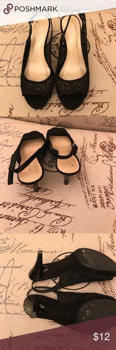 Nine West lace sandal Nine West lace sandal, perfect heel size!! Nine West Shoes Sandals