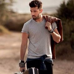 Male Haircuts Curly, Haircuts For Men, Greek Men, Mans World, Hot Boys, Beautiful Men, Cool Hairstyles, Handsome, Mens Fashion