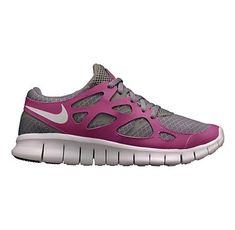 Nike Fee Run in Grey/Grape