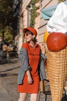 rot, outfit, streetstyle, berlin, fashionblogger, modeblogger, mini, kleid, herbst, inspiration, blazer, monki, bershka, zara Checked Blazer, Monki, Berlin, Zara, Street Style, Inspiration, Outfits, Vintage, Fashion