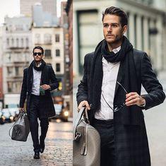 hombres con jeans negro y botas marrones - Buscar con Google