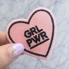GRL PWR / femminista Patch ferro Blush rosa cuore