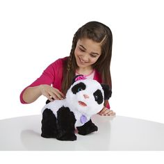 Not everybody can have their own little baby panda! This Pom Pom My Baby Panda pet wants to belong to you, and she looks and feels like a real panda!