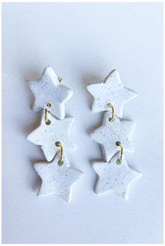 Polymer Clay Christmas, Polymer Clay Charms, Polymer Clay Art, Polymer Clay Jewelry, Fimo Clay, Diy Clay Earrings, Star Earrings, Cute Clay, Clay Ornaments