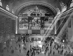 New York Grand Central Terminal War Mural, FSA photo, 1942.