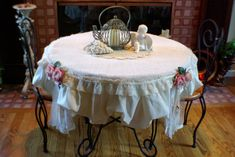 Hey, I found this really awesome Etsy listing at https://www.etsy.com/listing/174525320/beautiful-ooak-table-topper-burlap-round