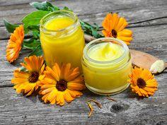 Nagietek lekarski - receptury lecznicze i kosmetyczne na problemy z układem trawiennym, niską odporność, bolesne miesiączki, problemy skórne
