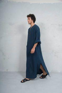 CLASSICO. Mens Navy Blue linen tunic. Front pocket. HOOD
