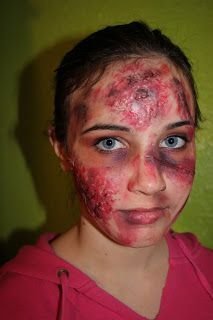 Fashionably Crafty Paris: DIY zombie makeup flesh how to tutorial video...