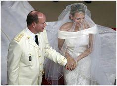 Retrô - Casamento de famosos 2011. Charlene Wittstock e Príncipe Albert II de Mônaco