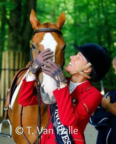 Luciana Diniz thanking FIT FOR FUN 13 after their win in the Grand Prix