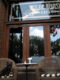Wilde Roast Cafe  Minneapolis (Stone Arch)  -great for brunch  -good date spot  -great gelato in the summer