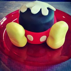 Mini Mickey Mouse inspired cake for the birthday boy.