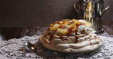Pavlova ananas et caramel salé. Une pavlova parfaite pour terminer votre repas en beauté.. La recette par épicétout.