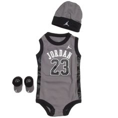 nike air jordan clothes for boys