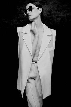 Black and White fashion editorial minimal isabella melo ronald luv