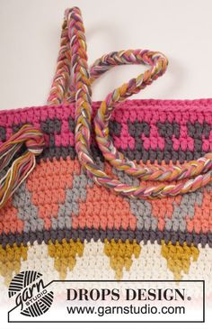 Crochet DROPS bag with color pattern in 2 strands Paris.