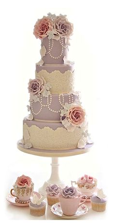 Vintage Couture wedding cake by Cotton and Crumbs Beautiful Wedding Cakes, Gorgeous Cakes, Pretty Cakes, Amazing Cakes, Bolo Original, Cotton And Crumbs, Bolo Cake, Tier Cake, Wedding Cake Inspiration