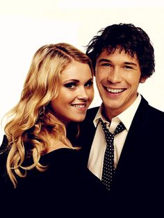 Eliza Taylor and Bob Morley (Clarke and Bellamy)- The 100