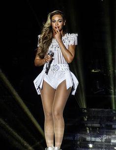 Beyoncé  MCSWT 2013