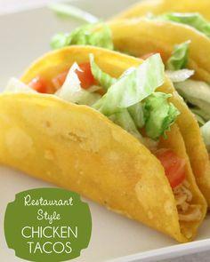 Super easy restaurant style Chicken Tacos { lilluna.com }