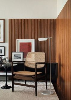 Mid-century modern wood detail on wall - #Detail #midcentury #MidCentury #Modern #Wall #Wood