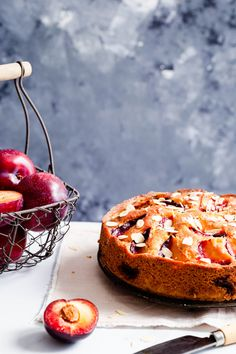 Delicious plum and almond cake recipe. Easy to make, soft, moist and spongy bake, perfect with your favourite cup of tea or coffee! Almond Cakes, Plum Almond Cake Recipe, Anna Banana, Star Cakes, Plum Cake, Toasted Almonds, Baking Tins, Fall Baking, Almond Recipes