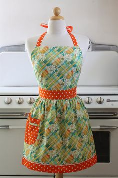 Retro Apron Sweet Flower Bouquets with Orange Full Apron CHLOE