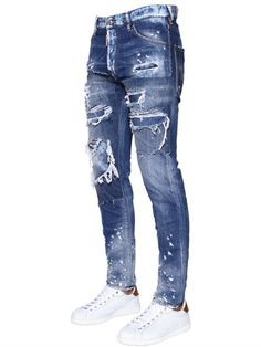 10oz Denim . Button closure with logo tag. Intentionally destroyed, faded and bleached areas may vary . Five pockets. Varying internal seams are not to be considered defects, but add value and unique character to the jeans. Strapped wash. Cool Guy fit. Rise: 22.5cm. Length: 102cm. Hem: 16.5cm. Sample size: 48