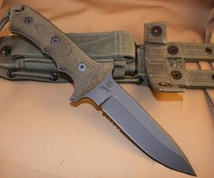 CHRIS REEVE - GREEN BERET -- 5.5 IN.
