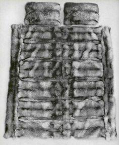 Bed furs Fur Bedding, Fur Blanket, Fur Throw, Fur Coat, House Design, Bedspreads, Furs, Blankets, Facebook