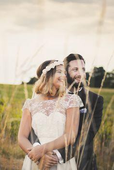 Anne & Romain <3 Anne porte la robe Clémentine, collection permanente #elisehameau #elisehameaubrides #realbrides #weddingdress #handmade #madeinparis