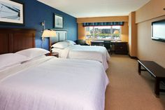 A Queen bedded sleeping room at the Sheraton Erie Bayfront Hotel