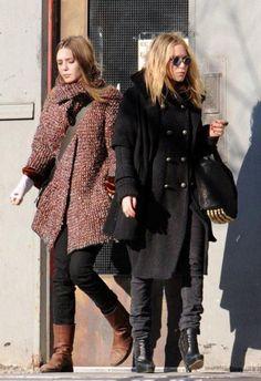 Elizabeth and Mary Kate Olsen Ashley Olsen Hair, Ashley Mary Kate Olsen, Ashley Olsen Style, Olsen Twins Style, Elizabeth Olsen, Olsen Fashion, Paris Fashion, Olsen Sister, Street Style Looks