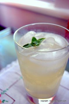 Lemon Mint Fizz cocktail